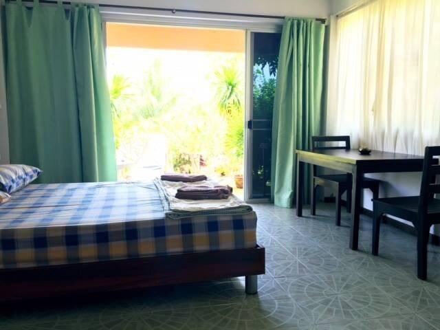 Standard room (Entire room) บังกะโล 1 ห้องนอน 1 ห้องน้ำส่วนตัว ขนาด 25 ตร.ม. – หาดละไม