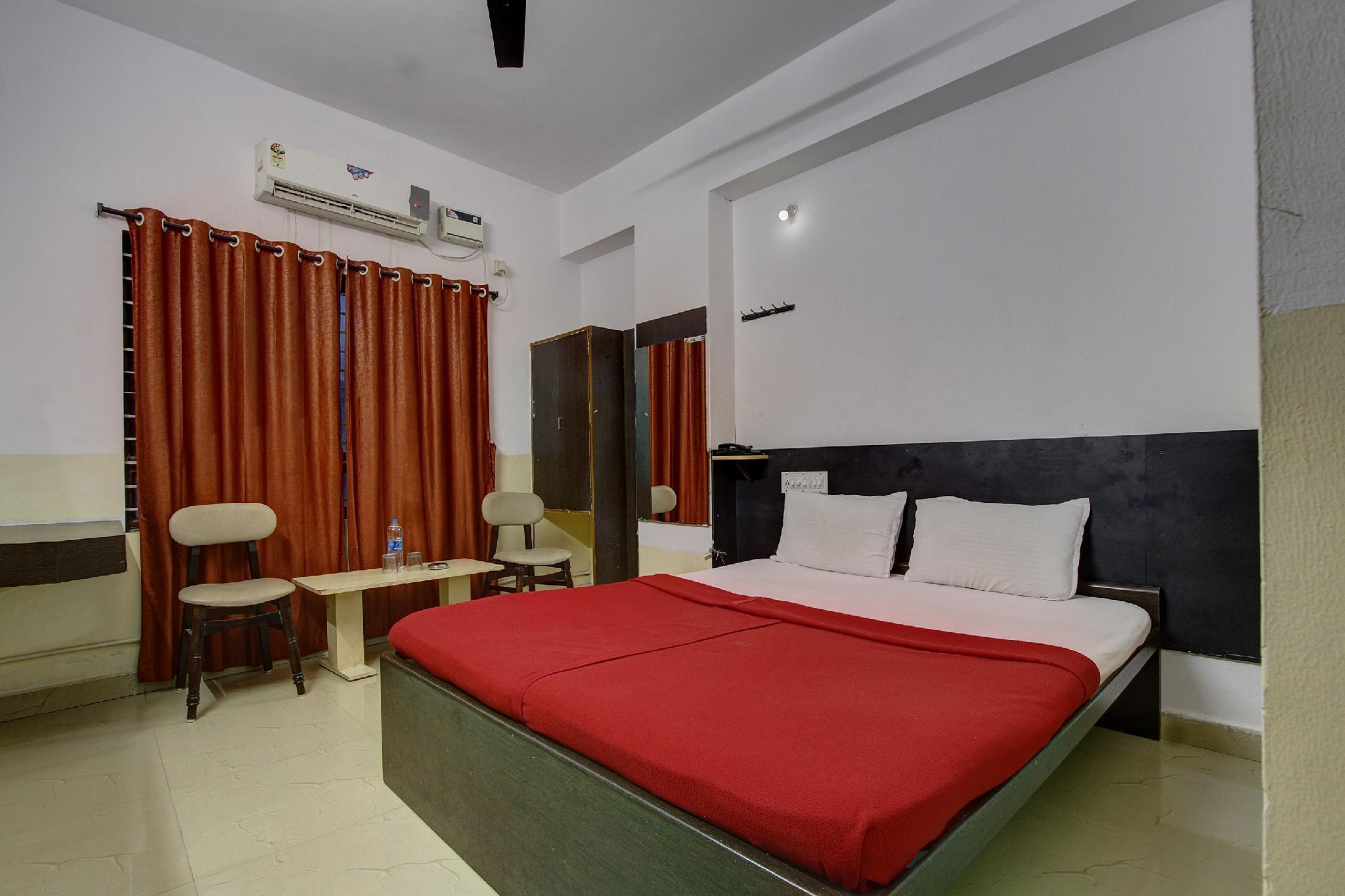SPOT ON 44027 Hotel Subhadra Comforts