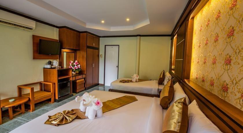 Beautiful Deluxe Bungalow For 3 On Phi Phi