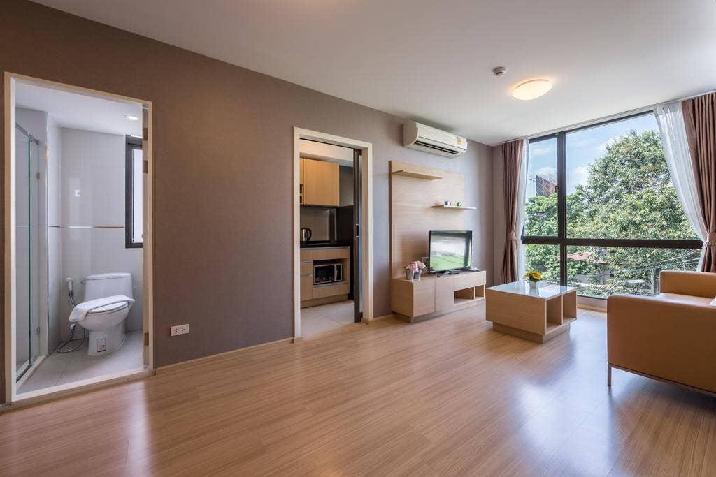 Stylish 2 Bedroom Suite Bangkok Sukhumvit 22