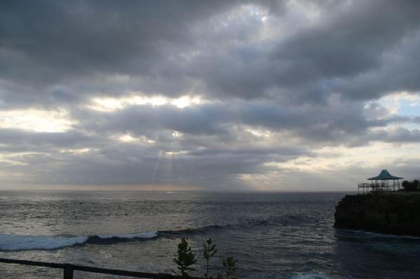 Justhorinbali Dodol Lembongan Cliff Bali