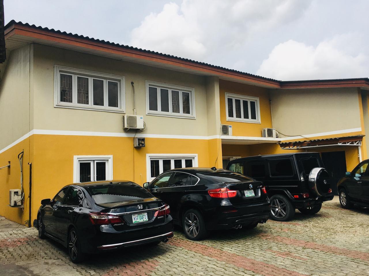 Mayors And Diplomat Apartment 1