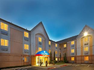 Candlewood Suites Dallas -By The Galleria