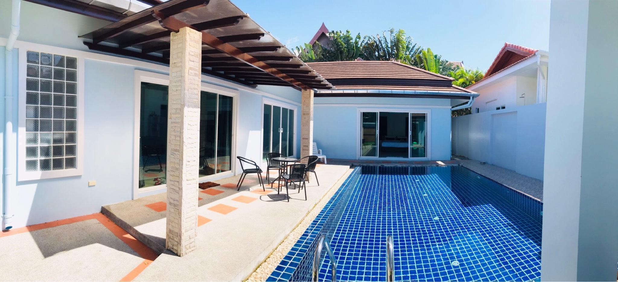 Charin Villa วิลลา 2 ห้องนอน 2 ห้องน้ำส่วนตัว ขนาด 400 ตร.ม. – หาดราไวย์