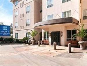 Hyatt Summerfield Suites Houston Galleria Hotel