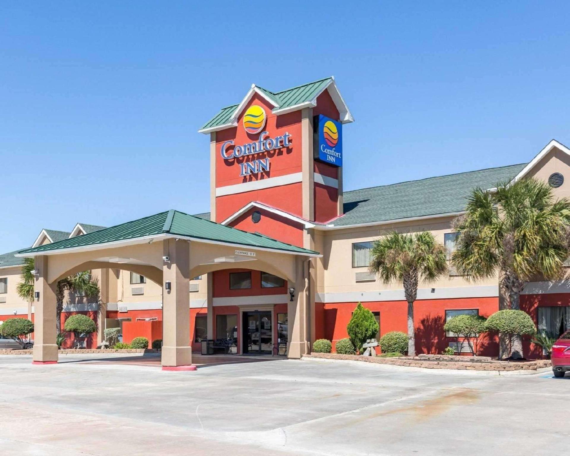 Econo Lodge Inn And Suites East Houston I 10