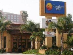Tentang Stanford Inn & Suites Anaheim (Stanford Inn & Suites Anaheim)