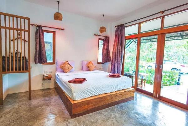 Ruean Thai Nai Bang by Pansak Resort Surat Thani