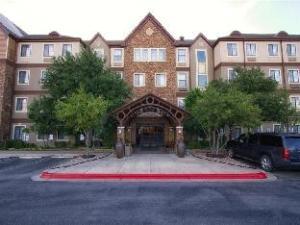 Staybridge Suites Austin Arboretum