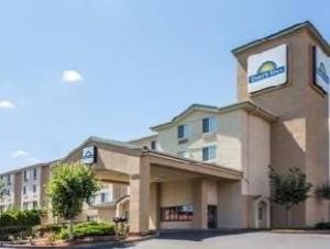 Days Inn Portland/Gresham Hotel