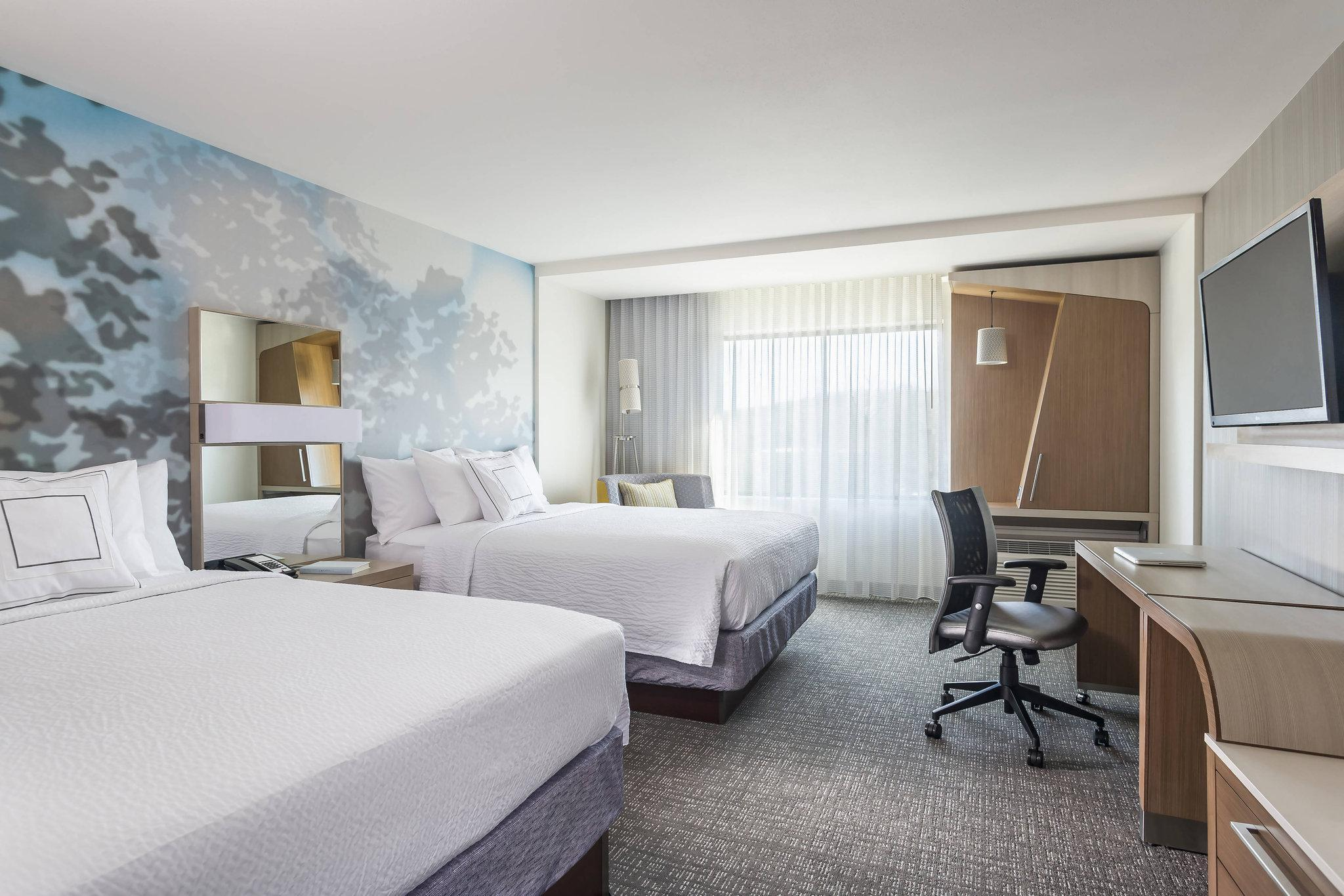 Courtyard By Marriott Houston Heights I 10