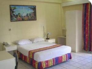 ザ グランド メラネシアン ホテル (The Grand Melanesian Hotel)