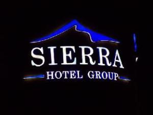 한눈에 보는 시에라 스퀘어 호텔 (Sierra Square Hotel)