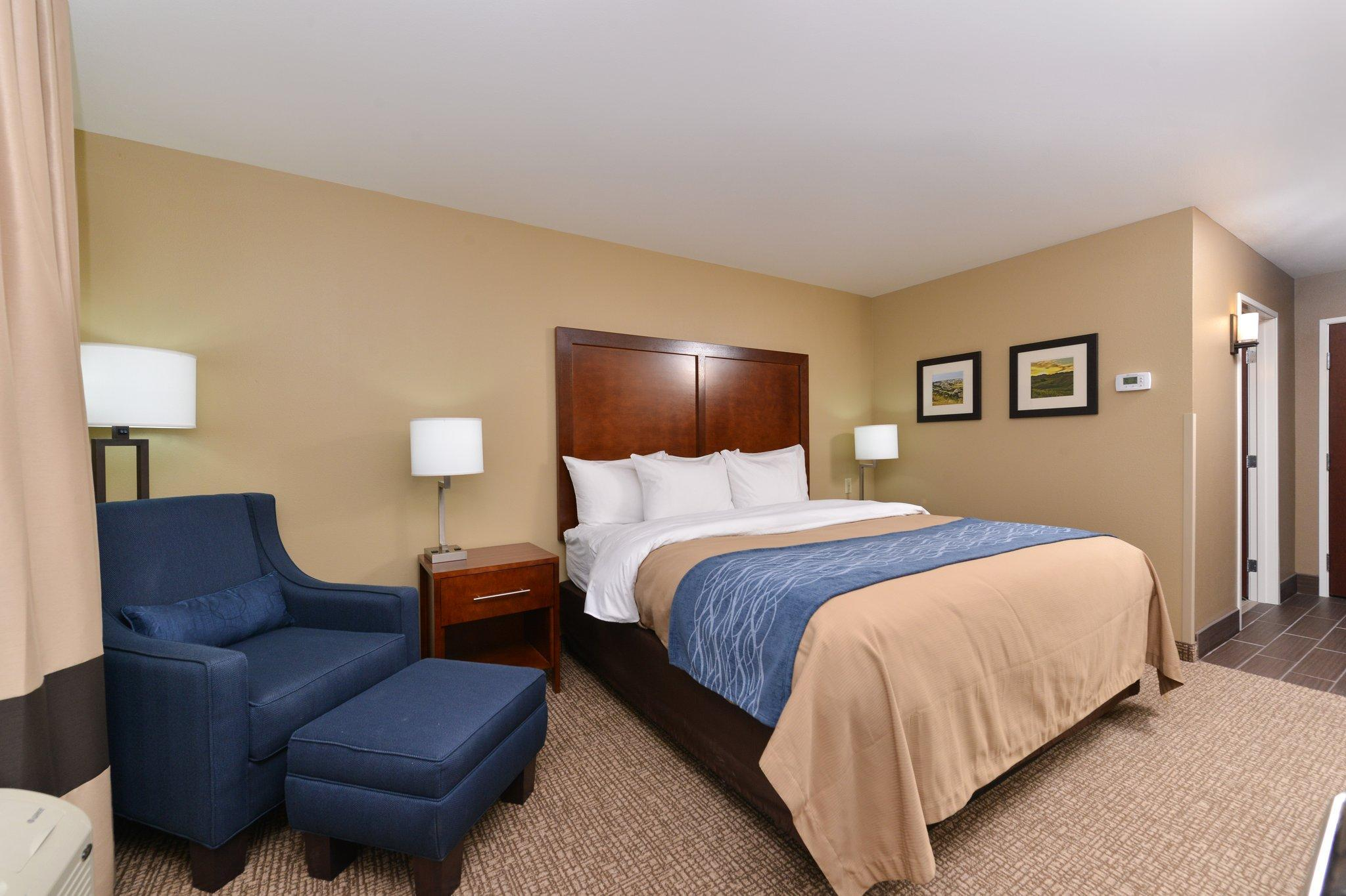 Comfort Inn and Suites Mandan - Bismarck Discount