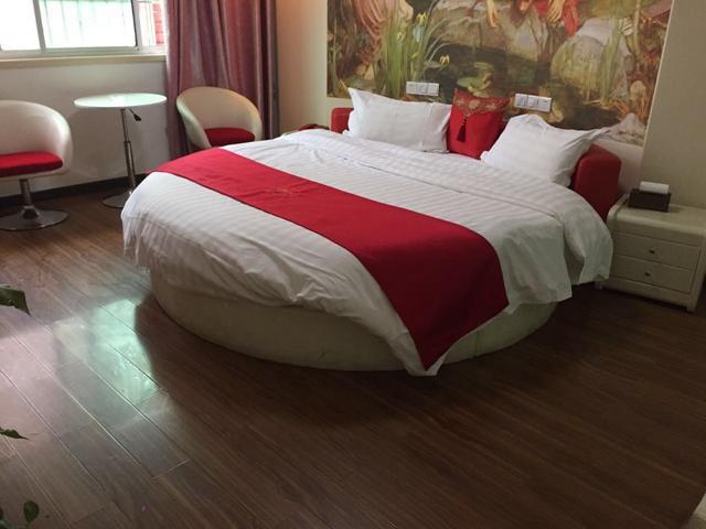 Thank Inn Plus Hotel Yiyang Anhua County Heicha Market
