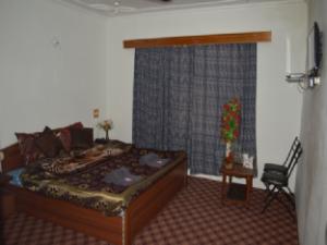Hotel Noora Palace