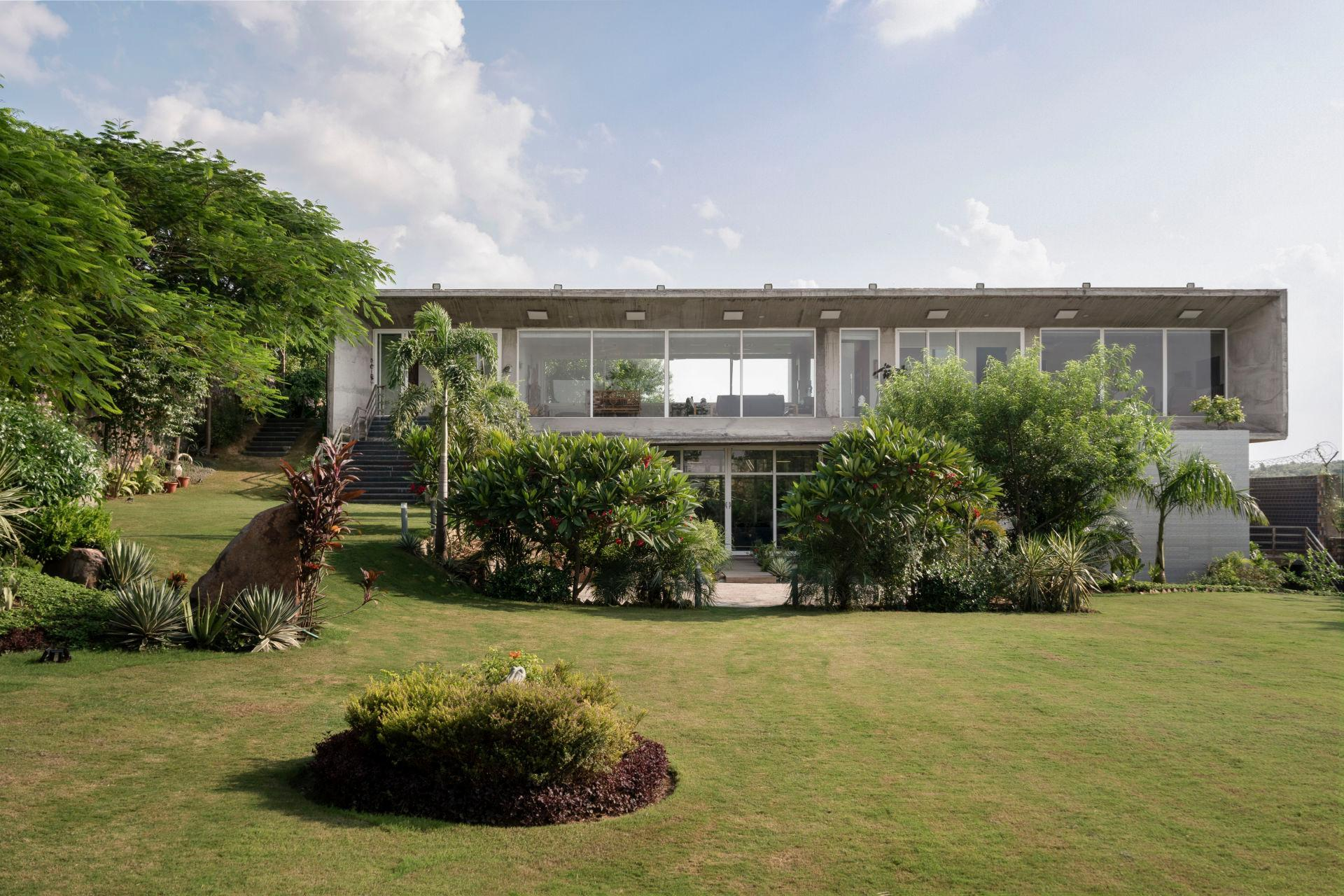3 BR Bungalow In A Serene Locality 74392