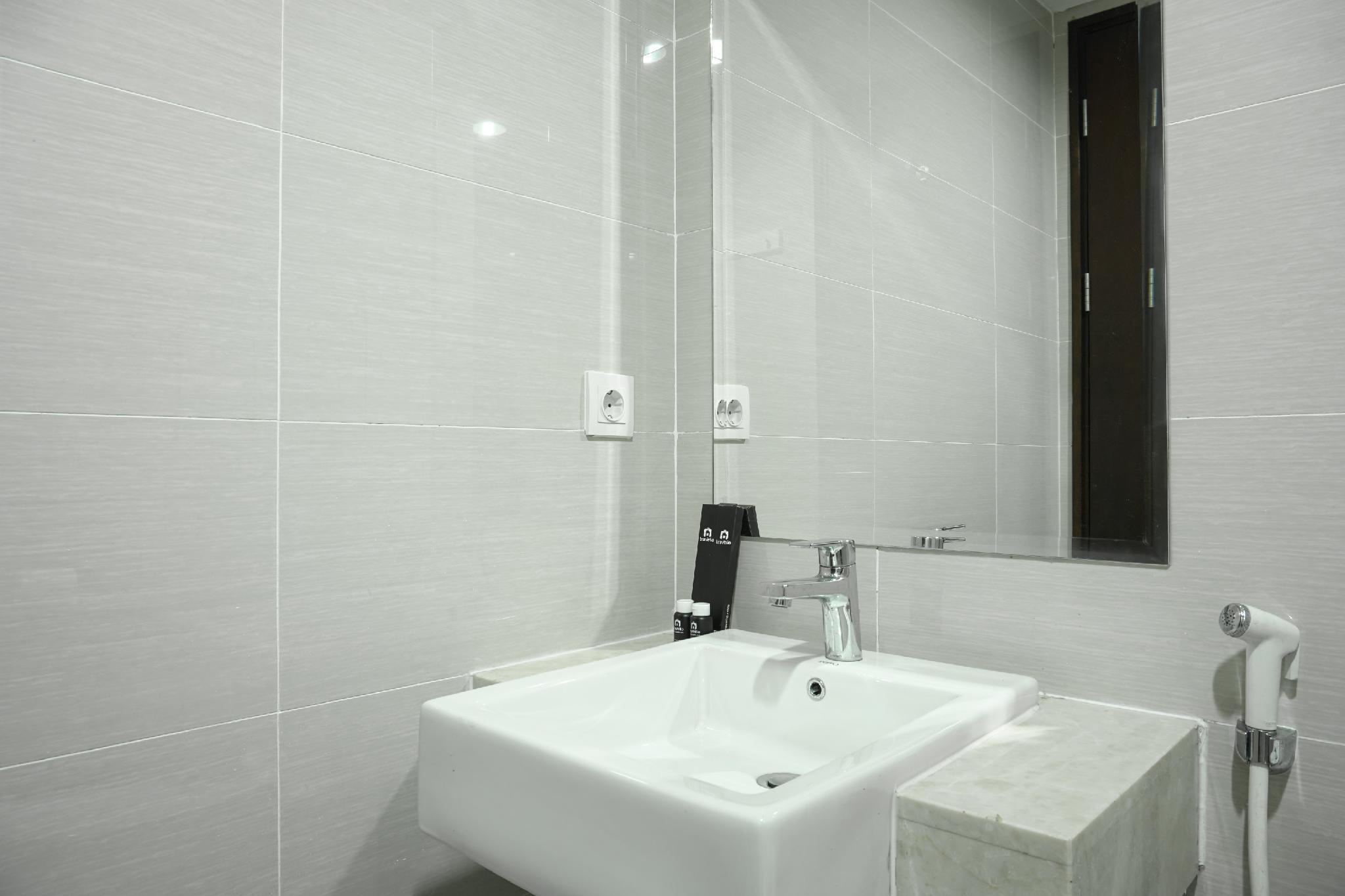 Modern Furnished 2BR @Puri Mansion Apt By Travelio