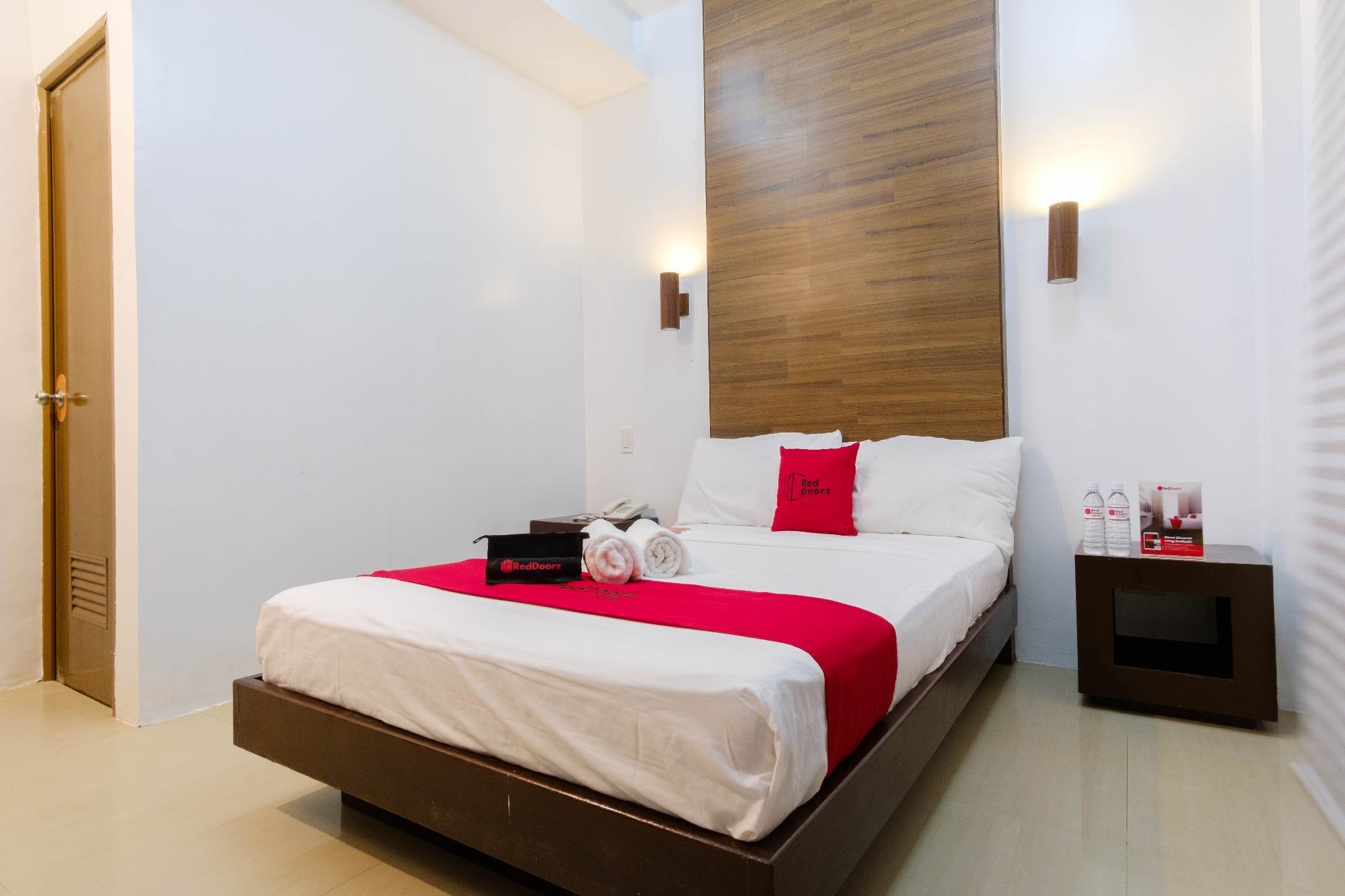 RedDoorz @ Taj Resort And Spa Annex