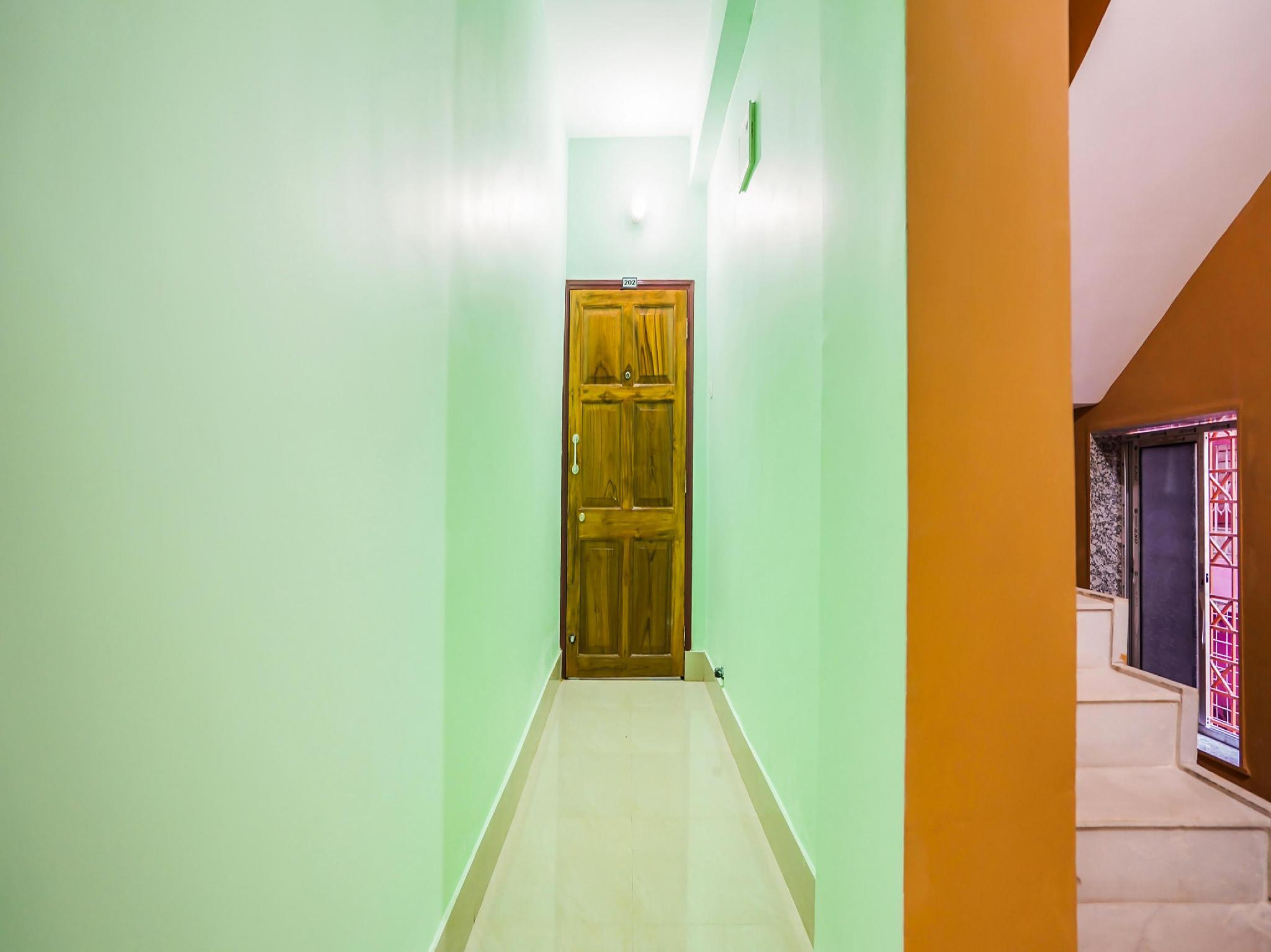 OYO 49343 Jyotshna Guest House