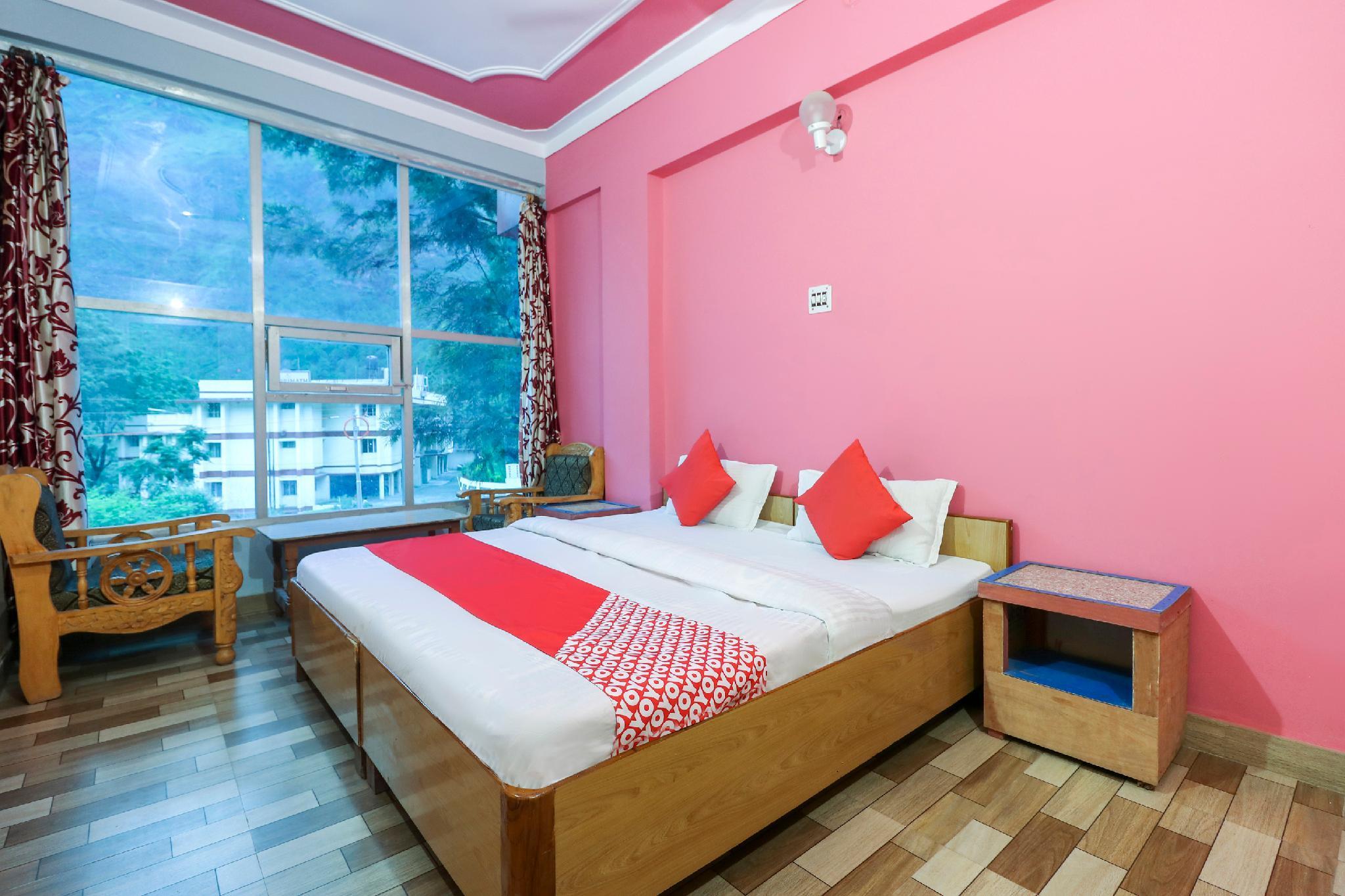 OYO 47961 Hotel Welcome
