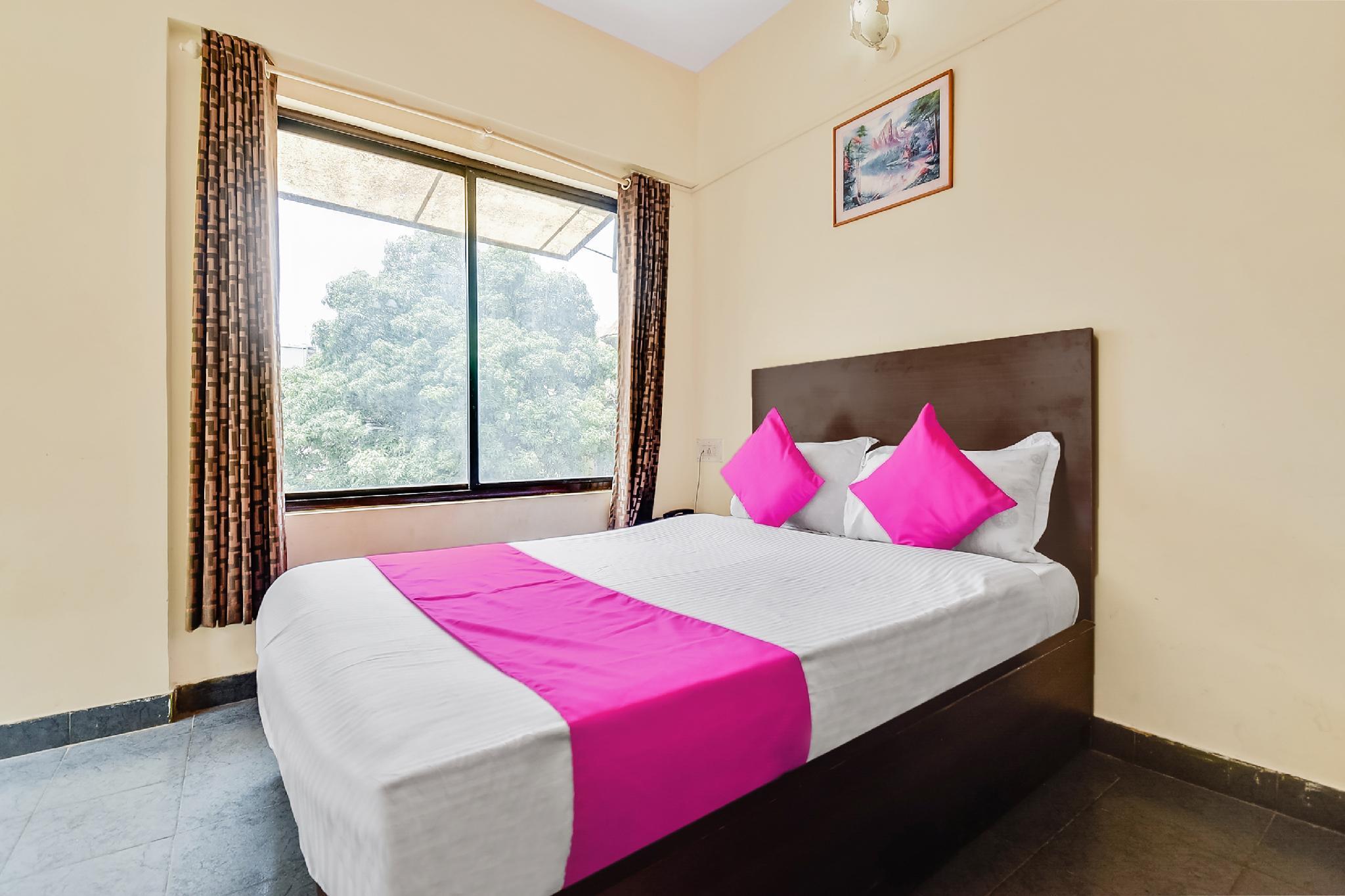 SPOT ON 60228 Hotel Shangrila