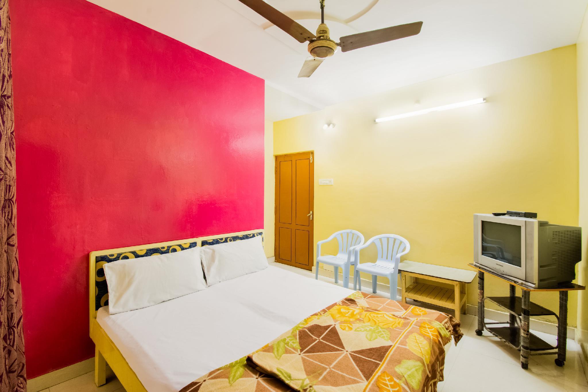 SPOT ON 60642 Sri Ratna Lodge