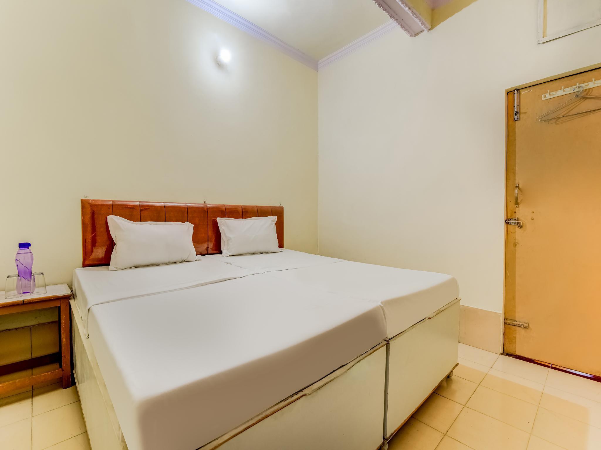 SPOT ON 47803 Ren Basera Guest House