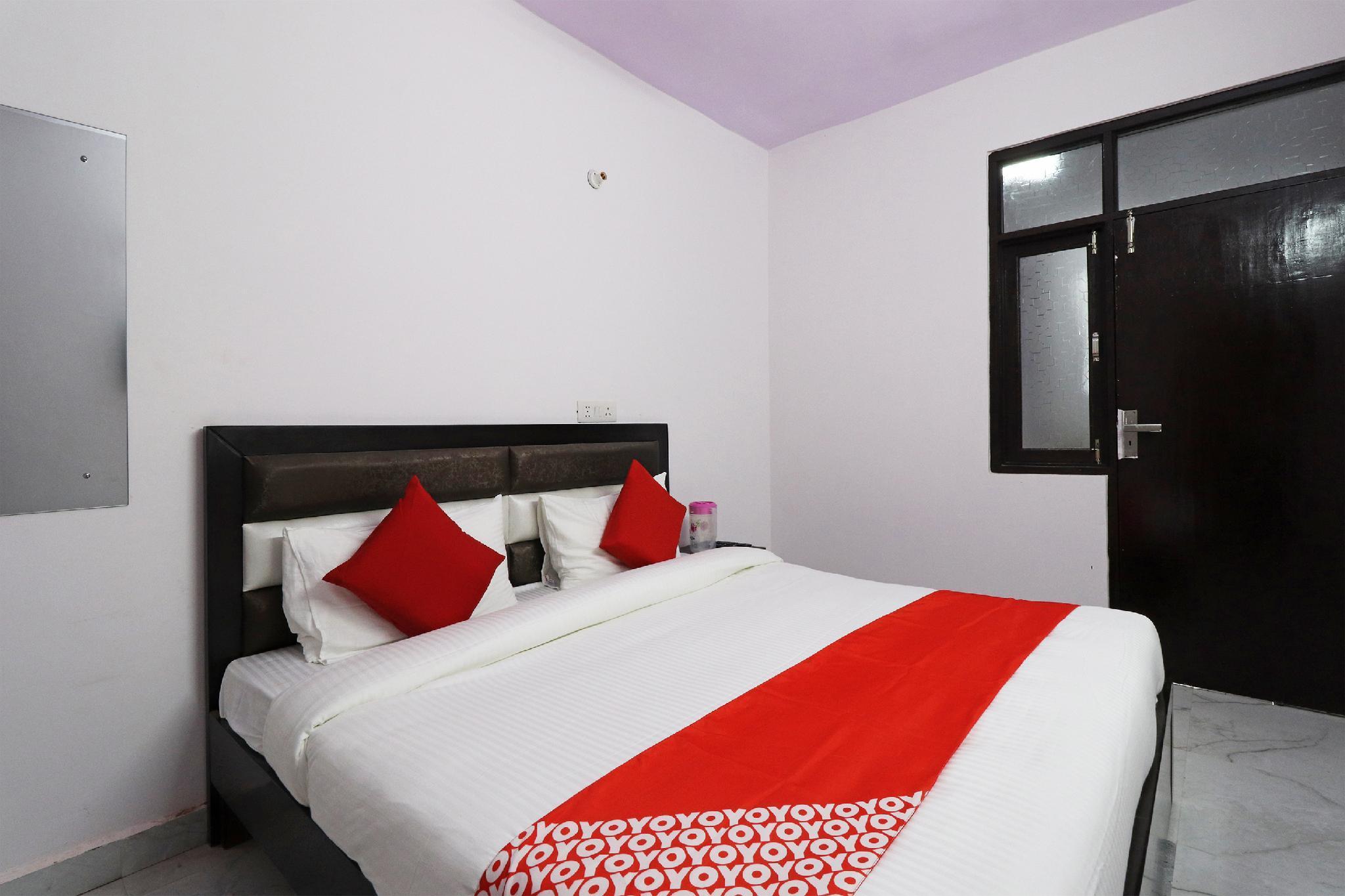 OYO 47524 Hotel Signature Village