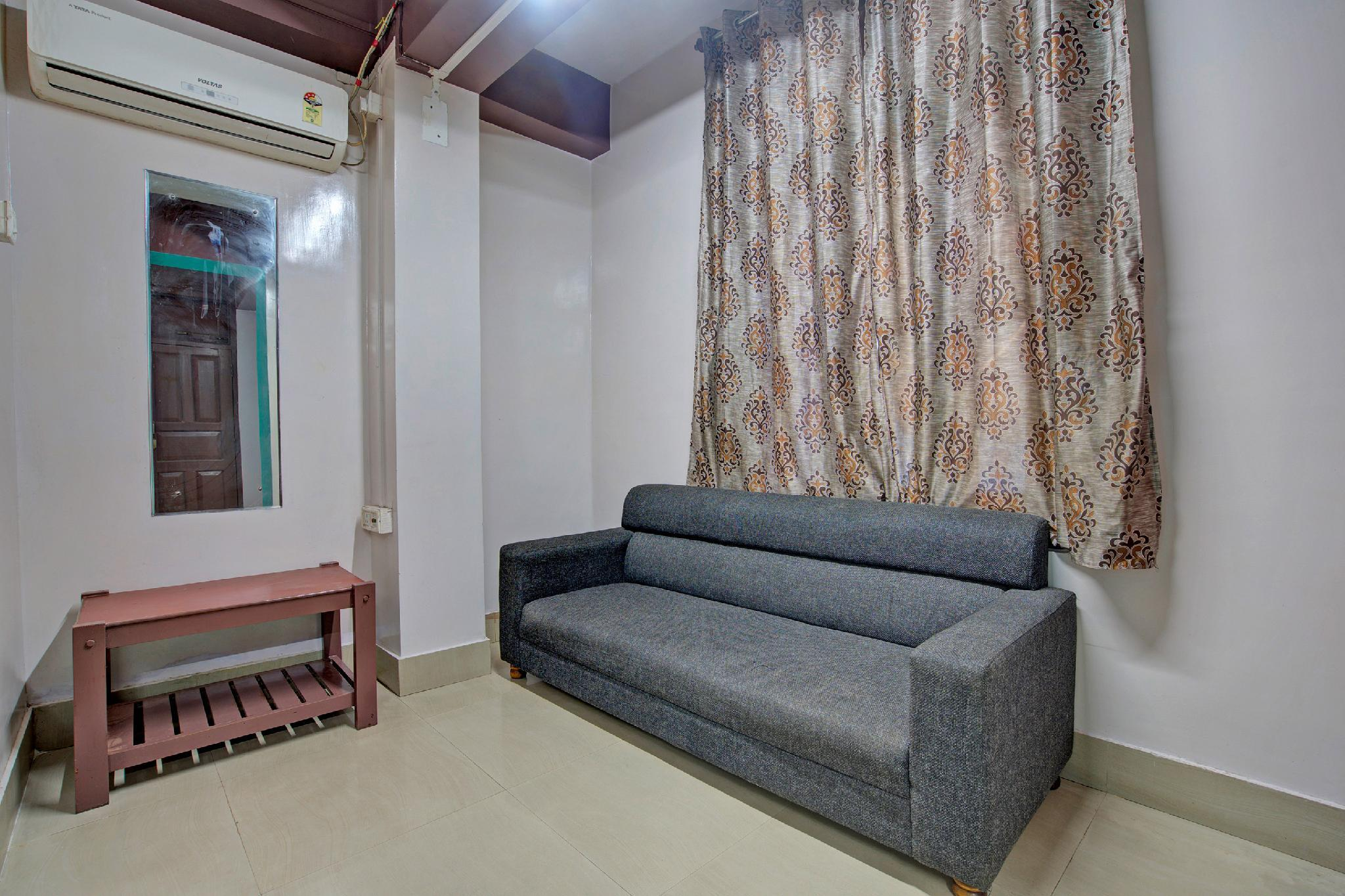 SPOT ON 45004 Hotel Royal Orchid
