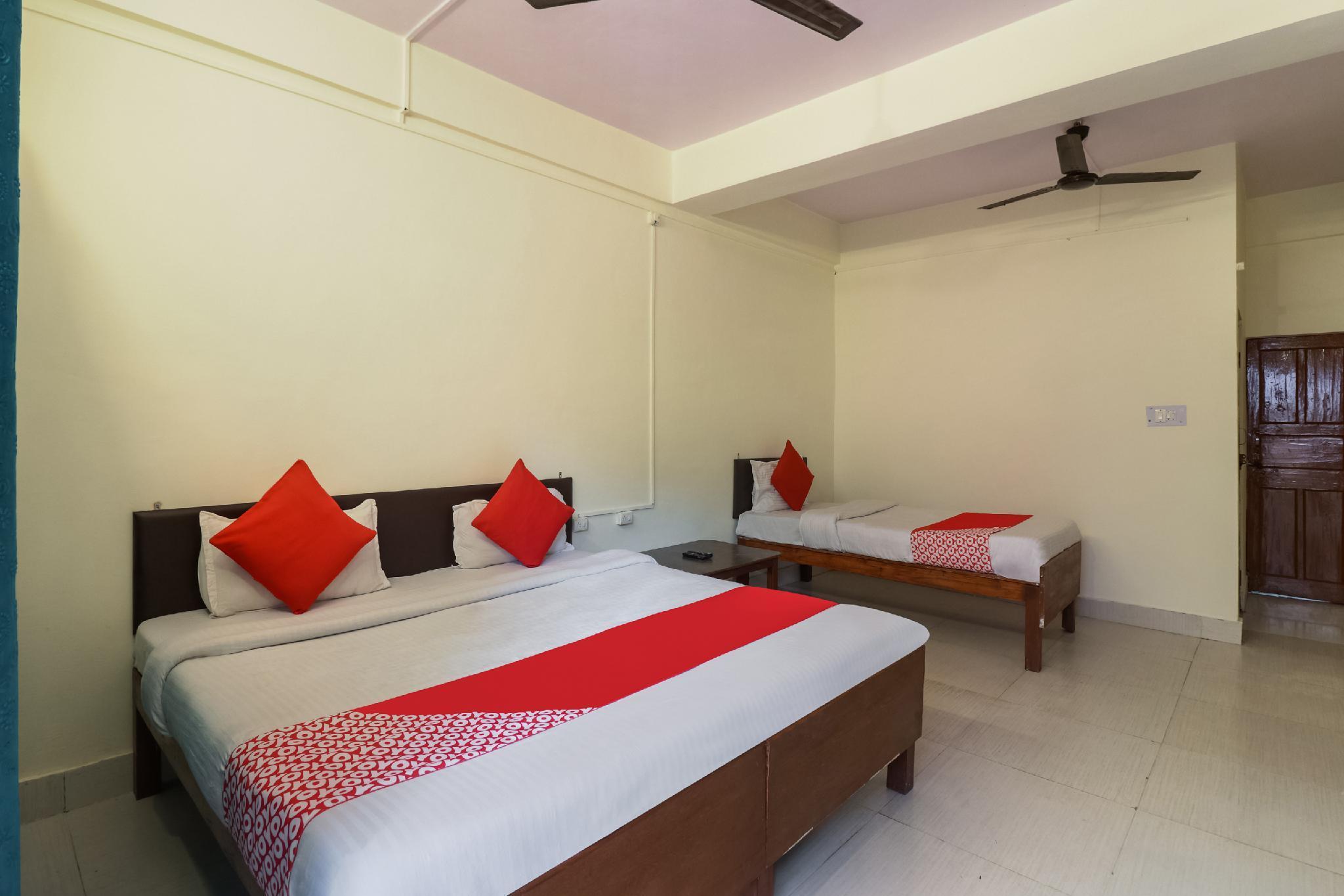OYO 48882 Hotel Shree Shakti And Family Restaurant
