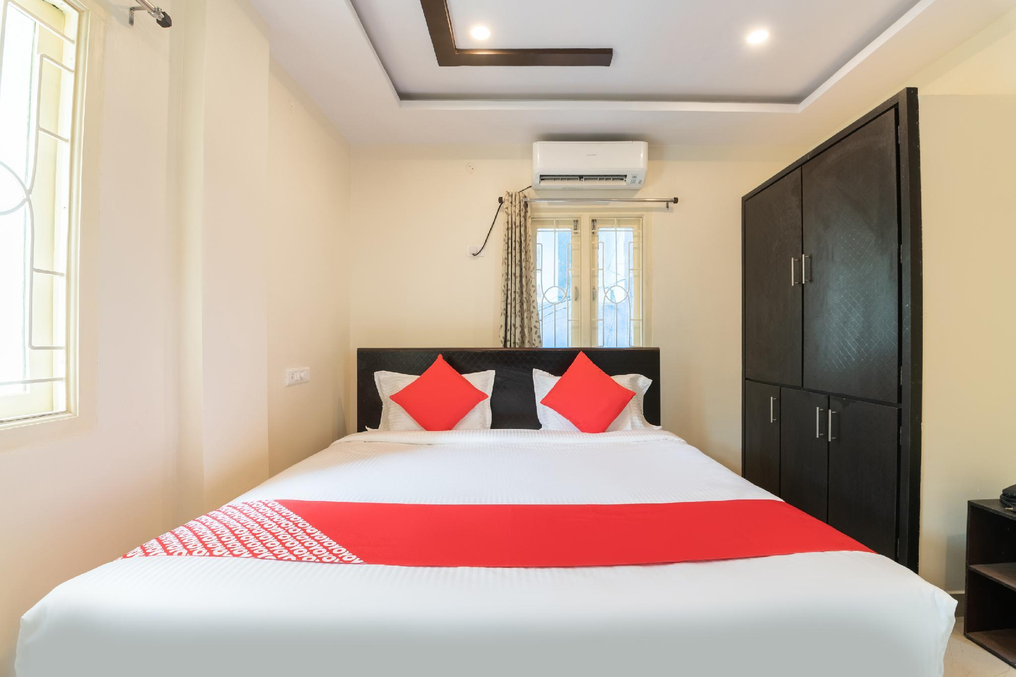 OYO 43660 A2 Guest House