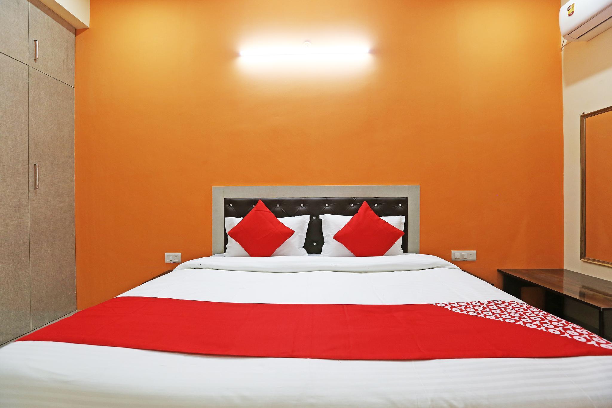 OYO 44285 Shri Krishna Guest House