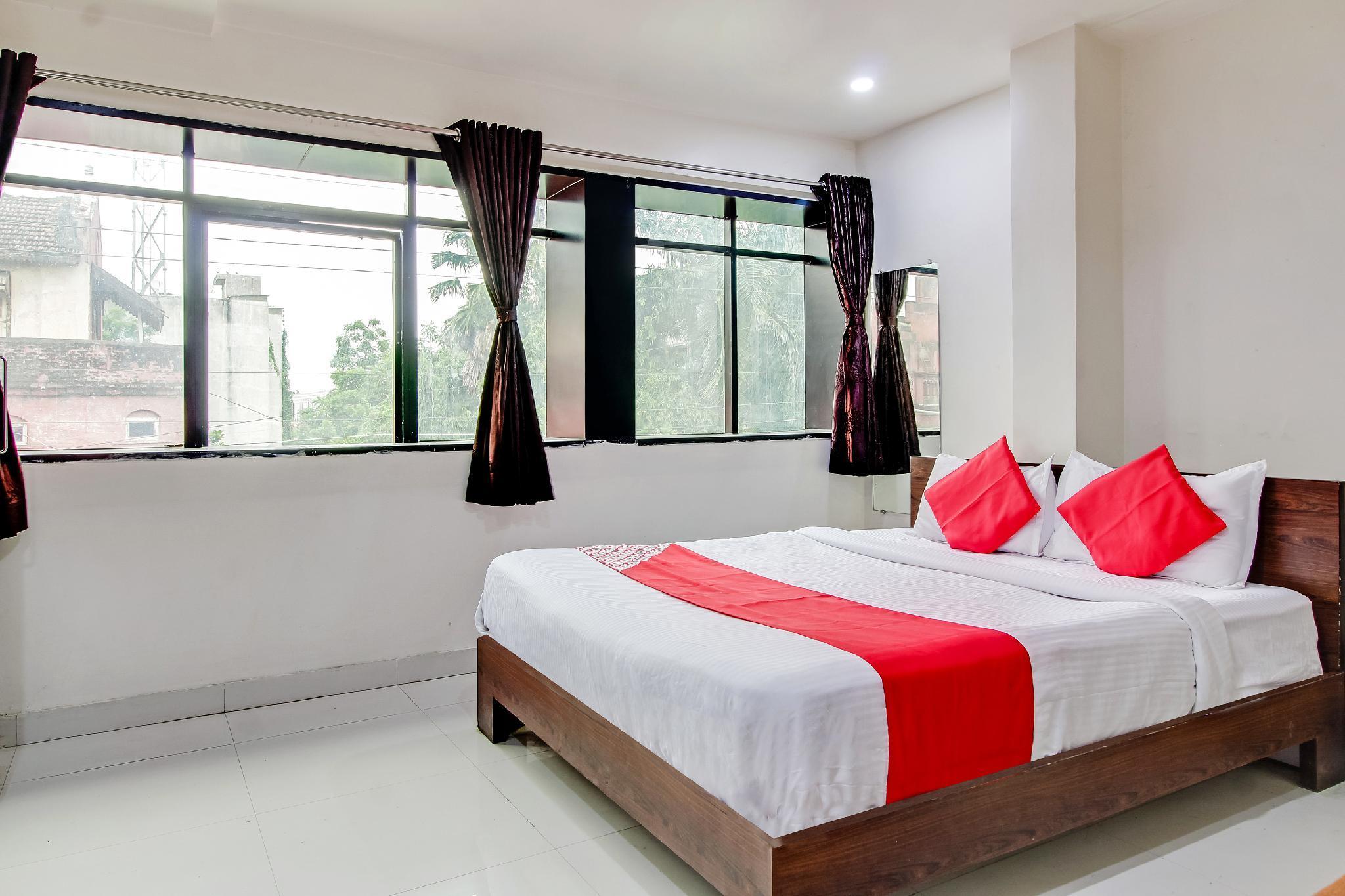 OYO 60290 Hotel Pathika