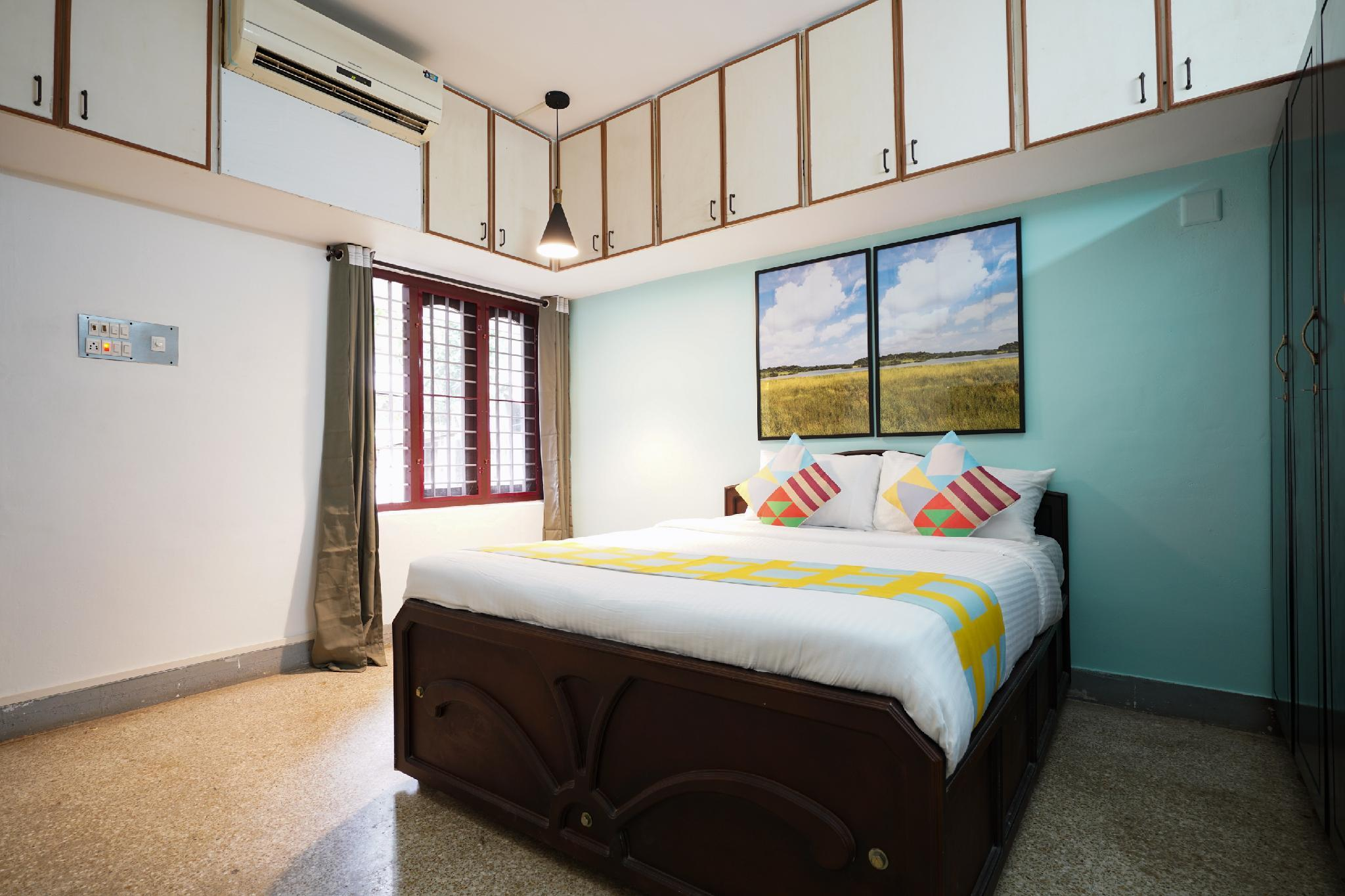 OYO 42229 Traditional Stay In Edapally