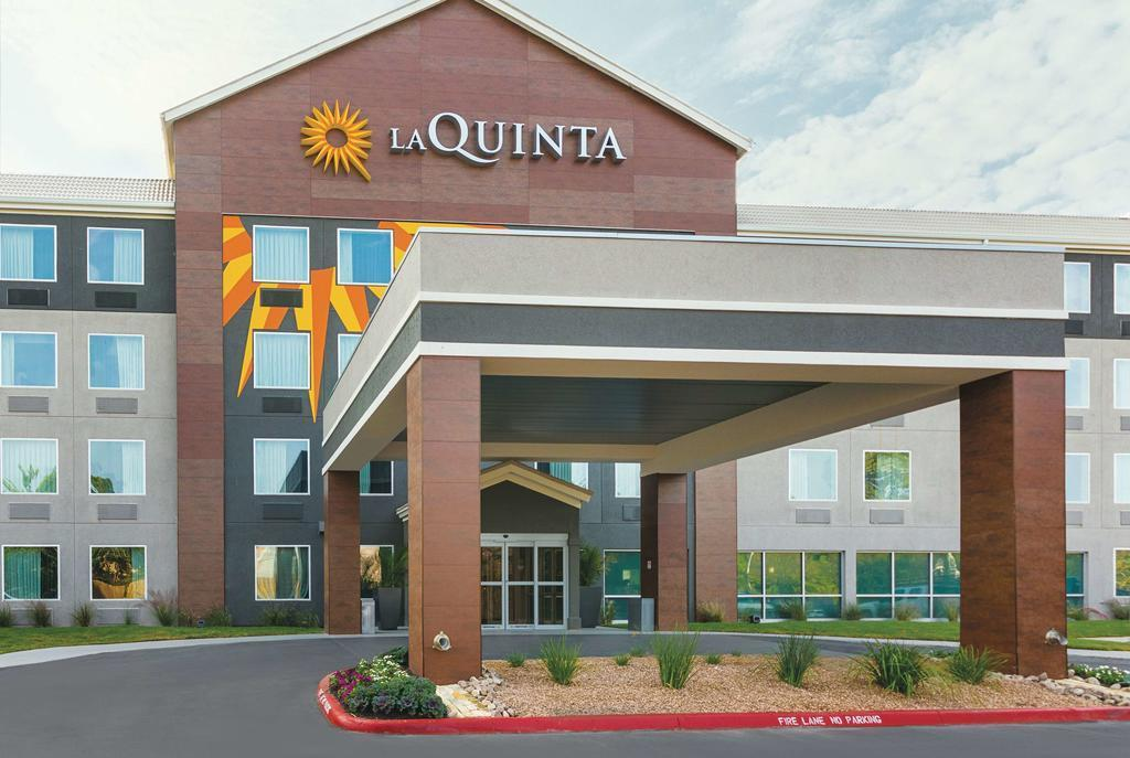 La Quinta Inn And Suites By Wyndham Limon