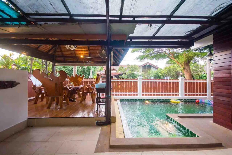 Pattaya City Villa 6Bdr 6Bth  Free Electricity