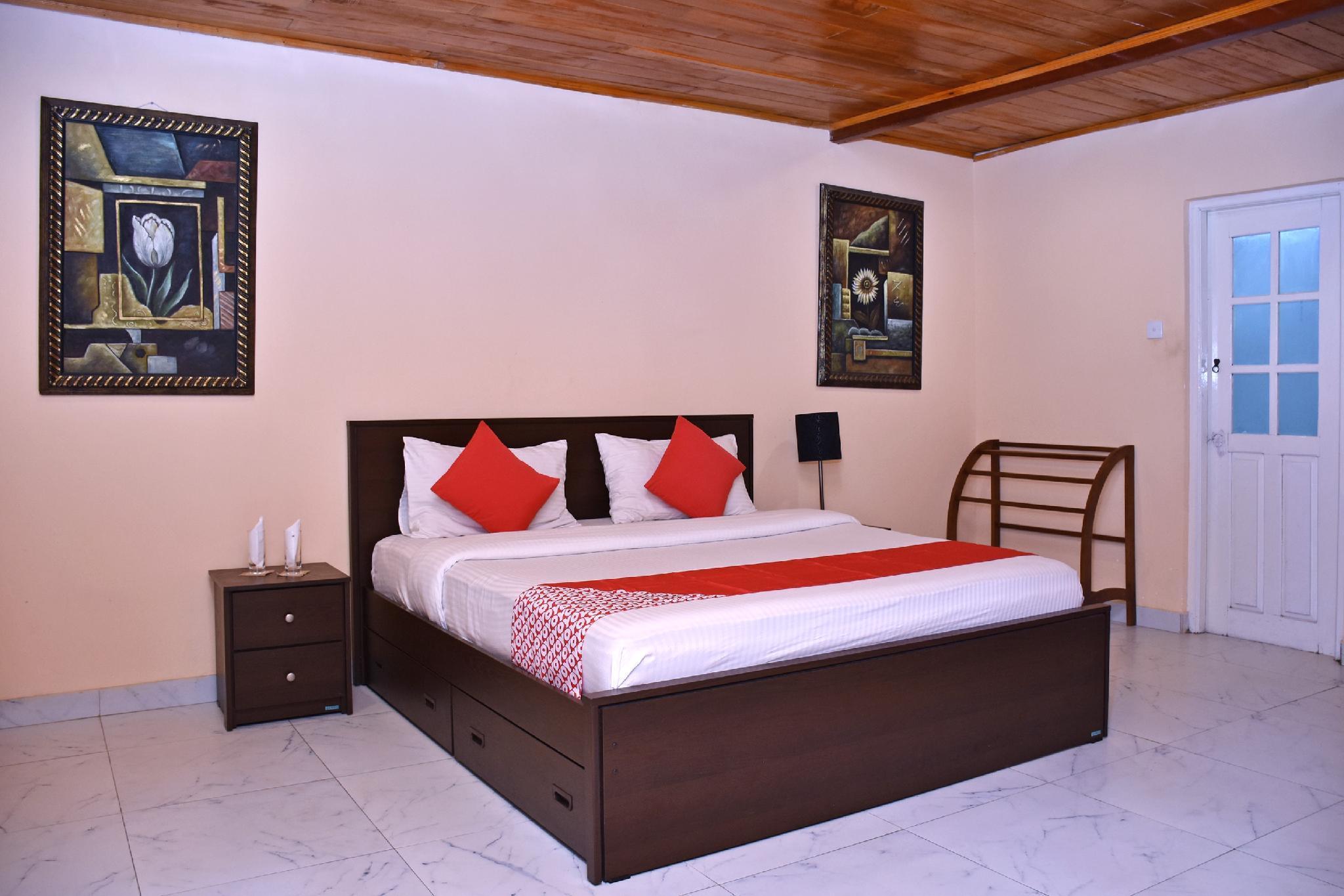 OYO 331 Maha Royal Hotel