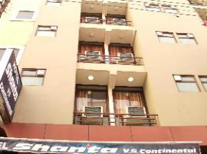 Hotel Shanta VS Continental
