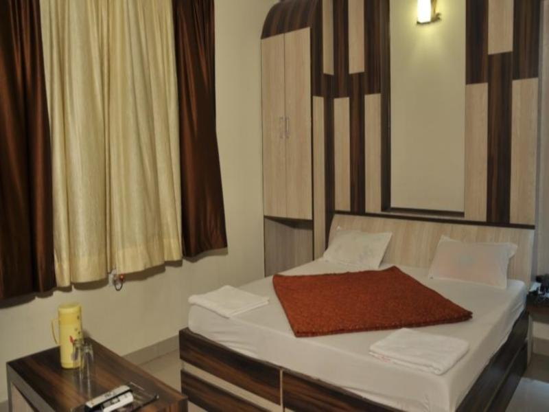About Hotel Akash Deep