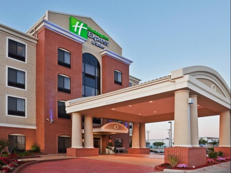 Holiday Inn Express And Suites Victoria Colwood