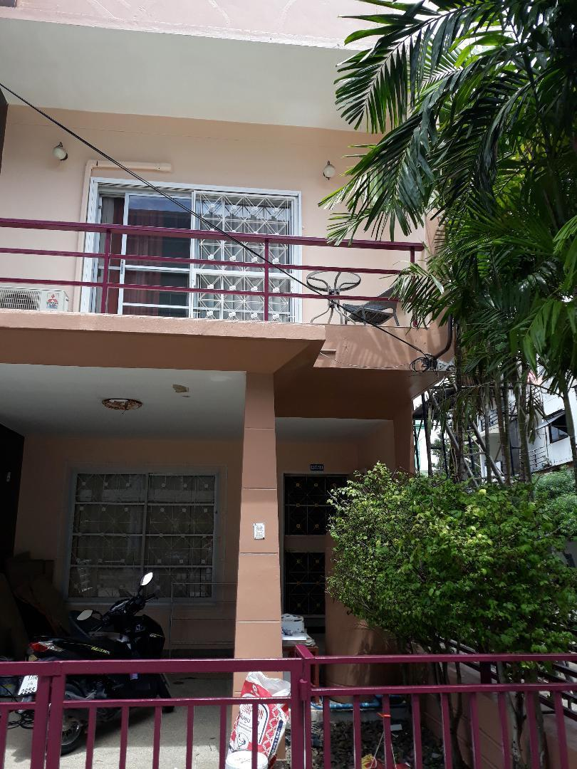 Nice town house fully furnished, perfect location