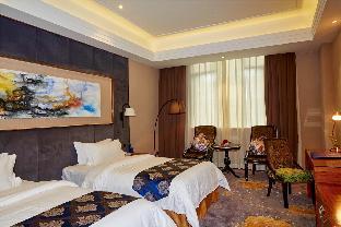 Zhongshan Huangcheng Louis Hotel 2