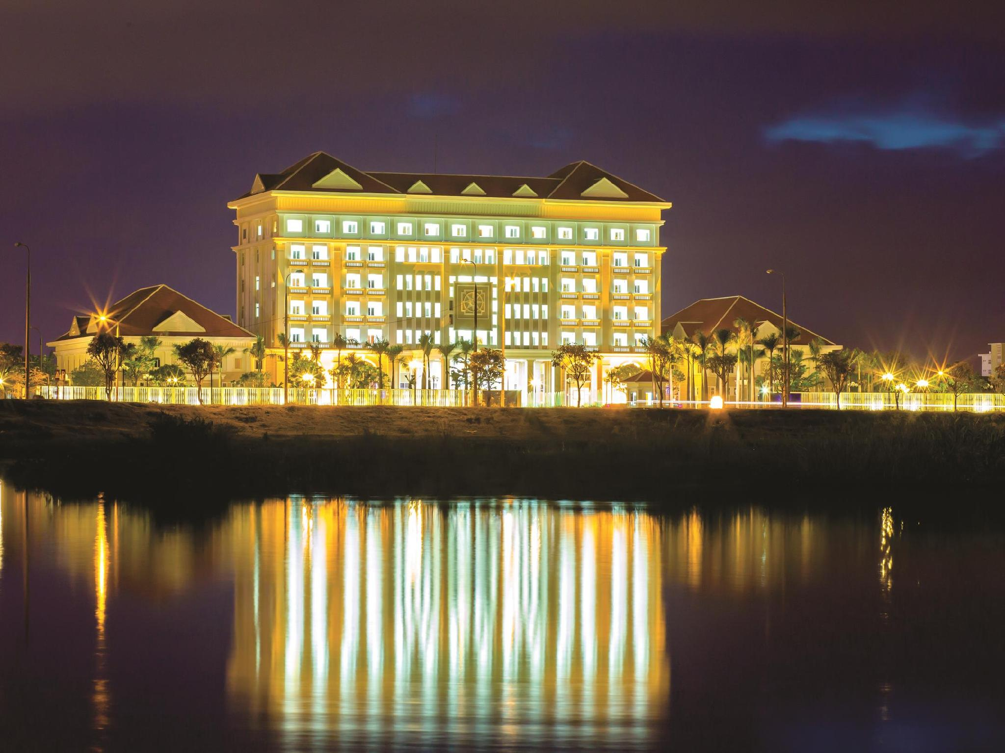 Ban Thach Riverside Hotel And Resort