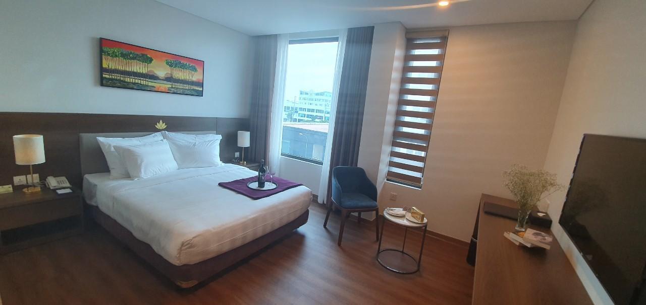 Purple Lotus Hotel