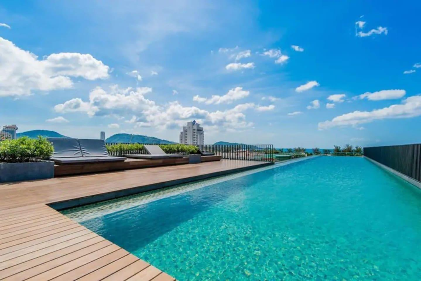 One Bedroom And Roof Top Pool At Patong Beach  D53