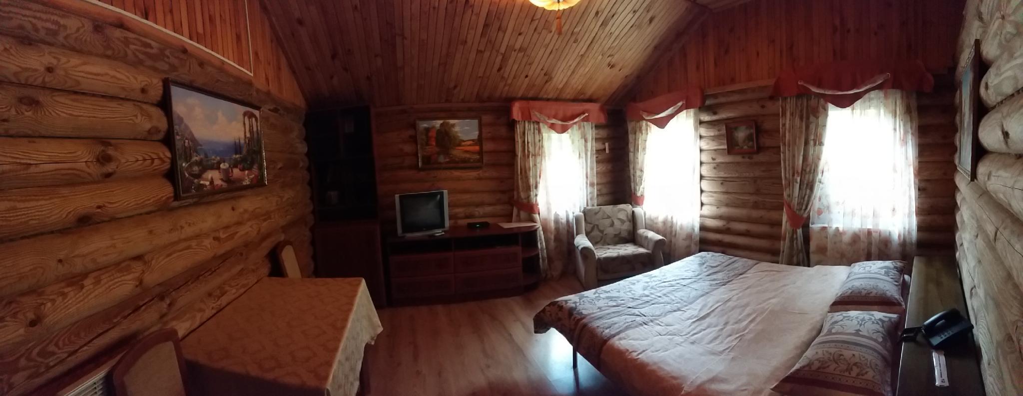House  2 In The Park Area Of Chernihiv