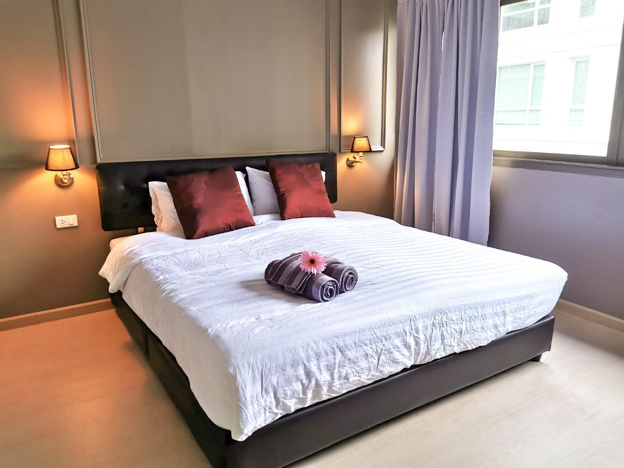 LUXE Family Suite Silom Sathorn