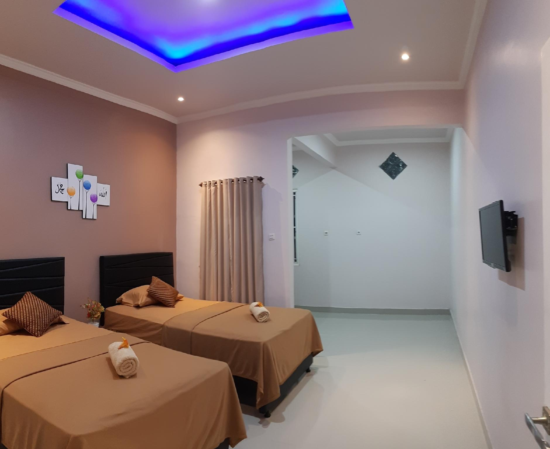Bis Homestay   Deluxe Twin Bed  Room Only