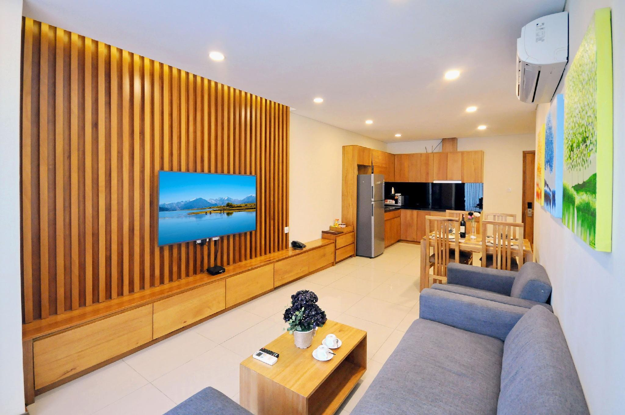 Canadian Style 1 Bedroom Apartment @ Maple Hotel